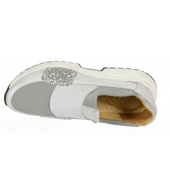 Bílo- stříbrné tenisky FUTURA 3042