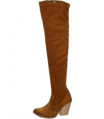 Hnedé kožené čižmy western s vysokou sárou nad kolená K2054