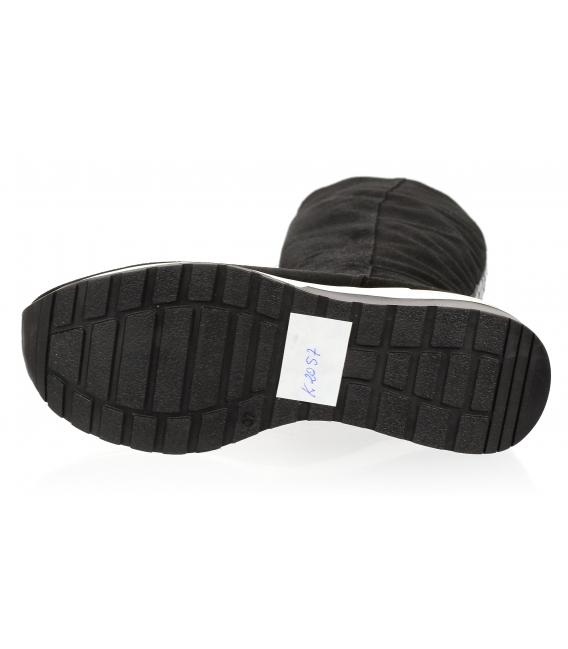 Čierne trendy čižmy s nápisom OLIVIA K2057