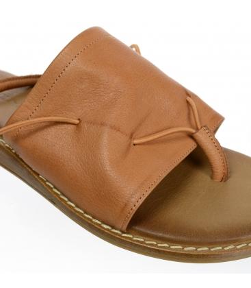 Hnedé kožené pantofle s gumou 02-2420