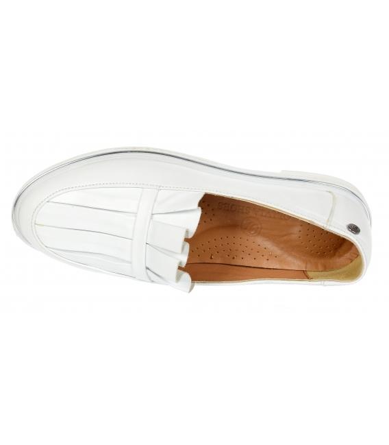 Biele kožené slip on tenisky s ozdobou D-605