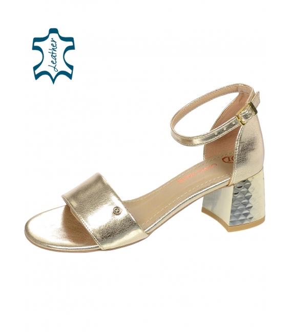 Zlaté dámske sandále na hrubom vzorovanom podpätku DSA2106