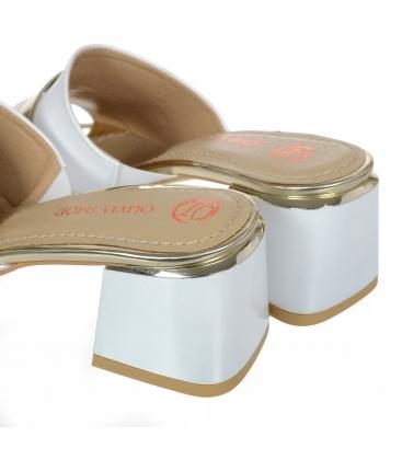 Bielo-zlaté šľapky so zlatou ozdobou na podpätku DSL2153