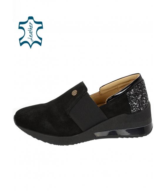 Čierne jednoduché slip- on tenisky s brokátovou pätou 3065 KAMILA