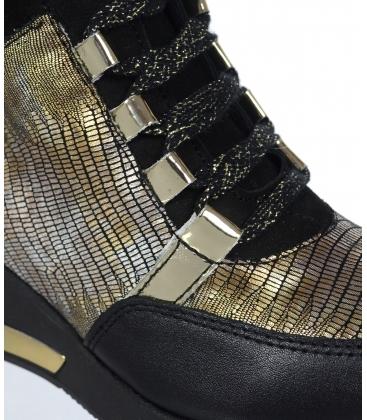 Zateplené černé tenisky se zlatým hadím vzorem DKO3018