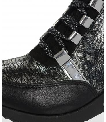 Zateplené čierne tenisky so strieborným hadím vzorom DKO3018