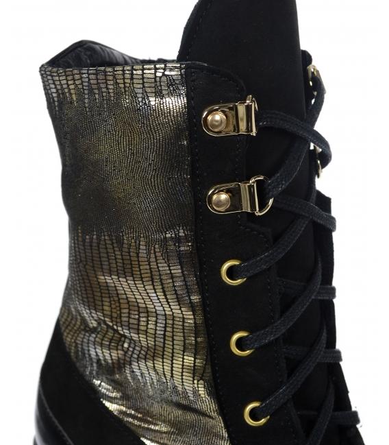 Čierno zlaté členkové čižmy s tmavo zlatým hadím vzorom na hrubom čiernom podpätku K2174