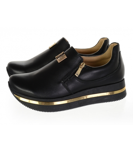 Pearl sneakers with gold components DPO014
