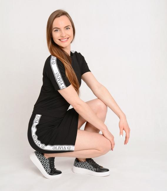 Čierne športové šaty s ozdobnými pásmi OL VERA