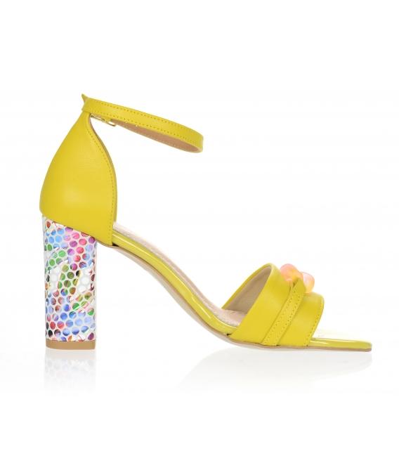 Žluté sandály s vysokým vzorovaným podpatkem a ozdobou DSA2050