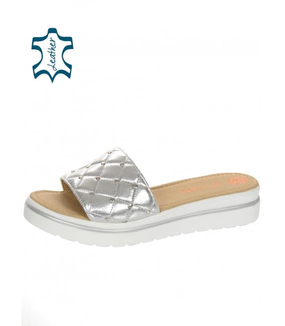 Zlaté kožené pantofle na pohodlné podešvi DSL3400