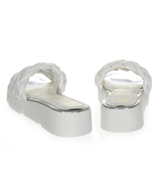Bielo-strieborné prepletané kožené šľapky DSL 2263
