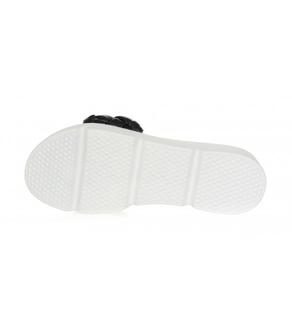 Čierne prepletané šľapky na pohodlnej podošve DSL2263