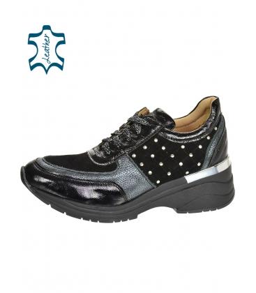 Čierno-sivé štýlové tenisky s ozdobnými aplikáciami na podošve TamiraDTE3304