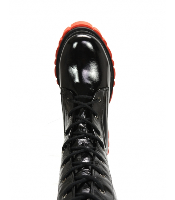 Čierno-červené lesklé extravagantné workery DKO2264