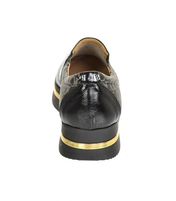 Čierne lesklé slip-on tenisky so zlatým monogramom OL na podošve KARLA DTE3314
