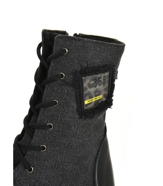 Black comfortable ankle boots with applique DKO2272