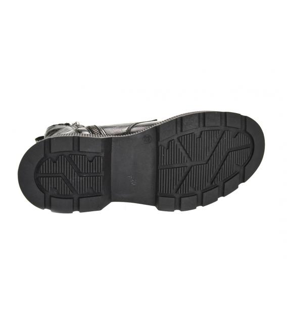 Čierne lesklé členkové čižmy na podošve Amalfi DKO3404