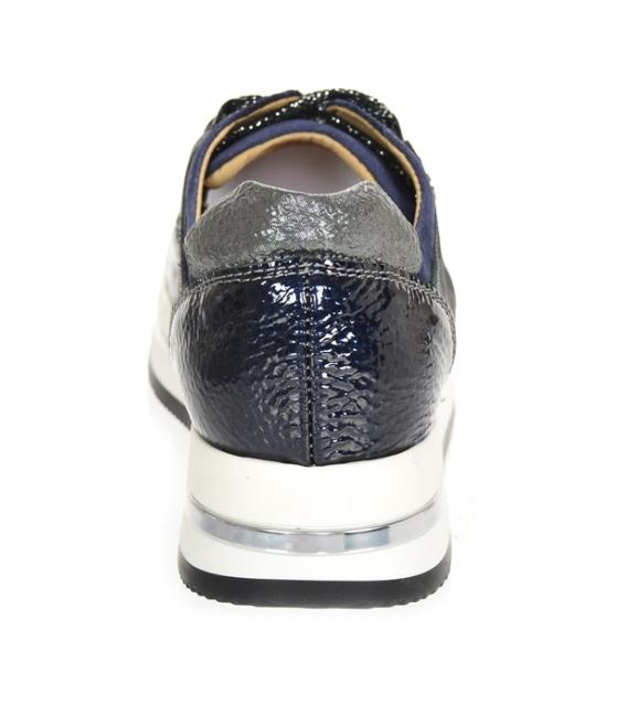 Čierno-modré tenisky s maskáčovým vzorom na podošve KARLA DTE2118