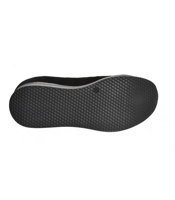 Čierne slip-on tenisky s jemným vzorom na trblietavej podošve DTE3316