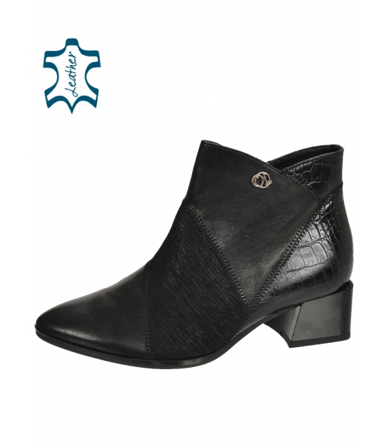 Black patterned ankle boots on a comfortable heel 2131