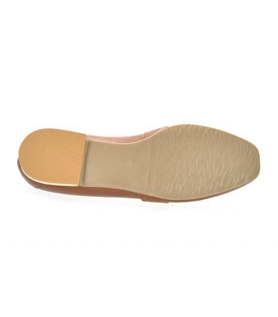 Hnedé elegantné poltopánky z hladkej kože so zlatou ozdobou 5042