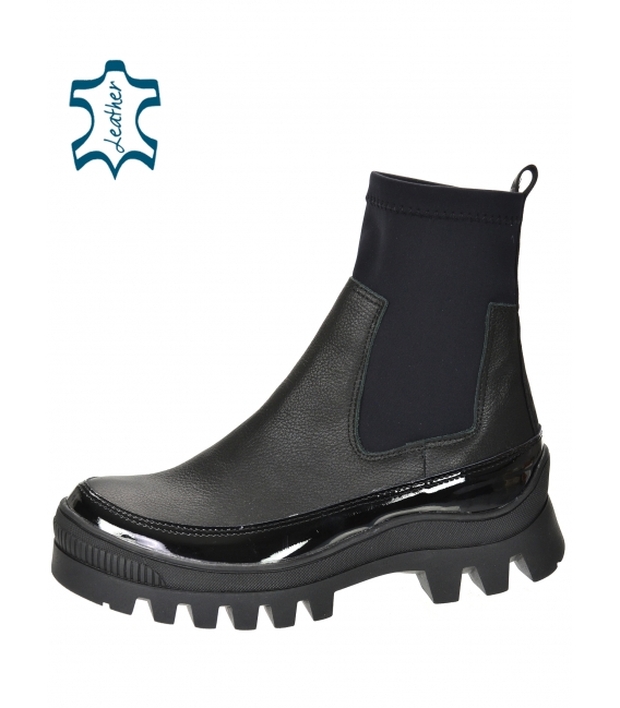 Čierne členkové čižmy s elastickým materiálom DKO2276