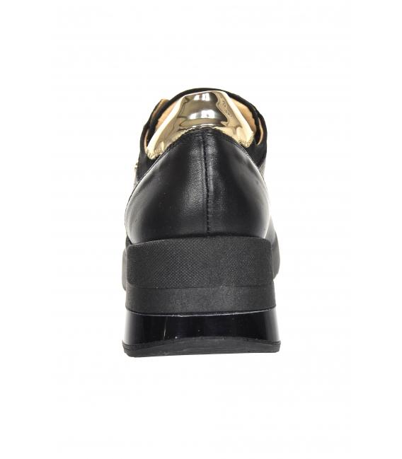 Čierno-zlaté tenisky s potlačou OL na čiernej podošve Kamila K2118