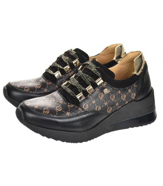 Black and gold sneakers with OL print on the black sole of Kamila K2118
