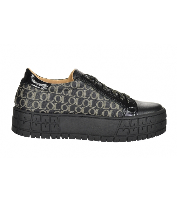 Black sneakers with a fine monogram and a lacquered element on a black sole HANZA DTE3317