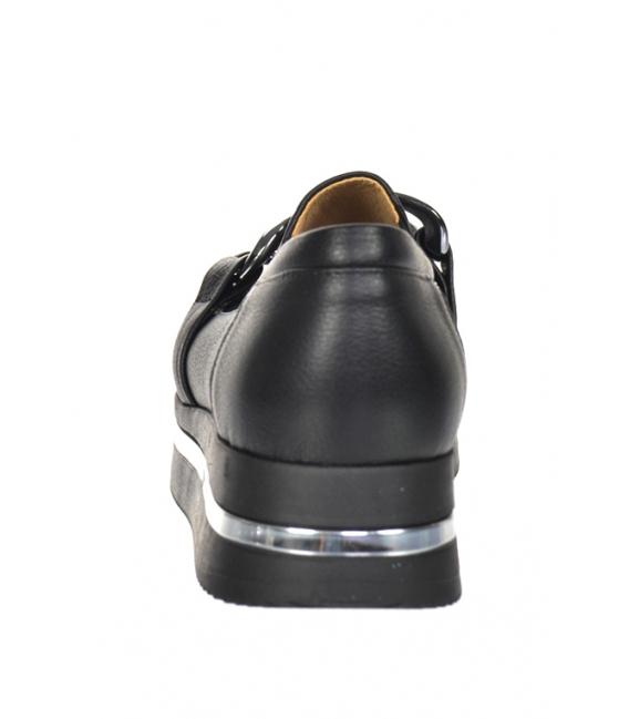Čierne tenisky s čiernou ozdobou na podošve KARLA DTE3403