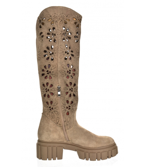 Brown-gray boots with perforation on a brown Venus CA145 sole